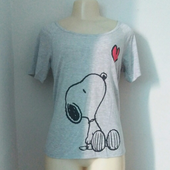5141495cb Peanuts Tops | Nwt Snoopy Shirt Medium | Poshmark